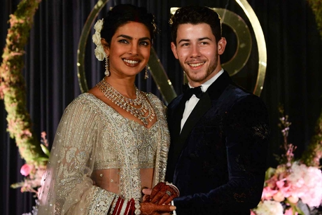 Priyanka Chopra, Nick Jonas invited to marry at Dubai's Burj Khalifa