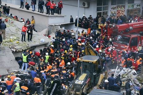 Minister slams 'illegal construction' for Istanbul building collapse