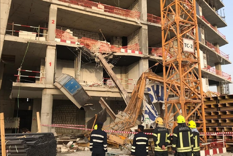 Abu Dhabi crane collapse leaves one dead, injures three