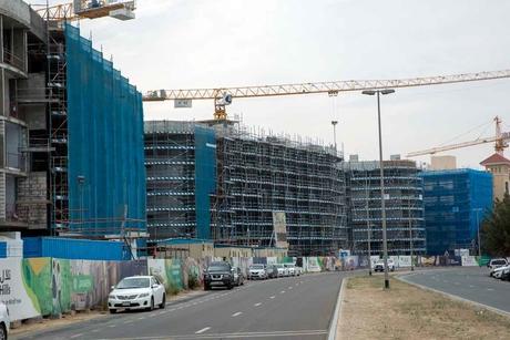 Construction team of Dubai's Mirdif Hills logs 1.1 million safe man-hours