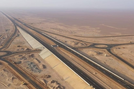 Oman road ministry opens 140km Adam-Haima-Thumrait Road