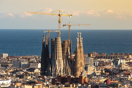 Spain church gets building permit 137 years after construction start
