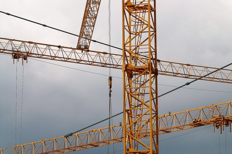 France's SMIE on the benefits of anti collision system for cranes
