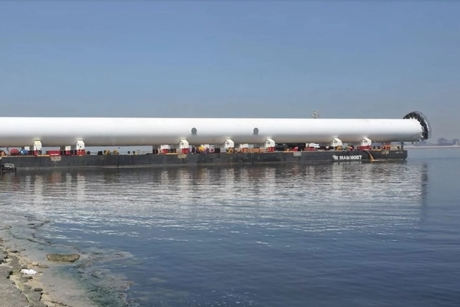 Middle East oil projects drive Mammoet barge's regional return