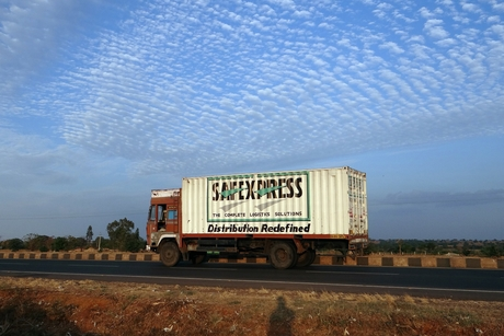 Indian private equity funds spend $1bn on logistics spaces in 2017-18
