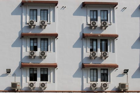 62% of UAE residents leave home ACs running while at work