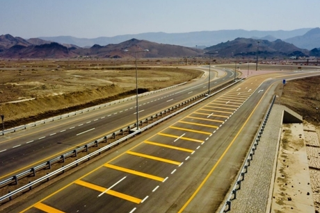 Oman's transport ministry opens Phase 2 of Ibri-Yanqul road