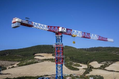 Spain's Comansa launches large-capacity flat-top crane