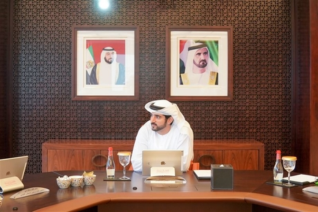 Sheikh Hamdan approves salary scheme for government employees