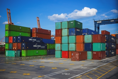 DP World to acquire 51% stake in Ukraine's TIS container terminal