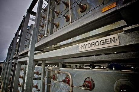 DEME develops green hydrogen project in Port of Duqm