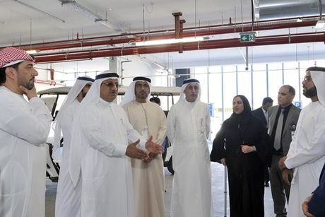 DHA director-general inspects Dubai Hospital expansion project