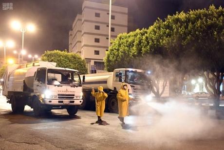 VIDEO: KSA municipalities disinfect public facilities in Taif, Asir regions