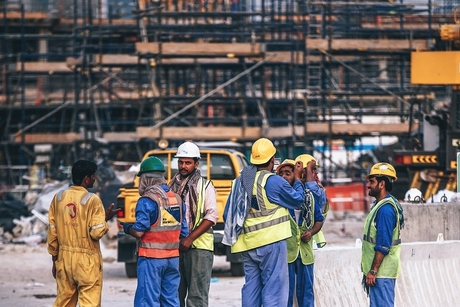 "Bahrain Works Ministry: Workers ""main pillar"" in development projects"