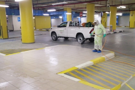 Tadweer, Abu Dhabi DMT disinfect shopping centres to combat COVID-19
