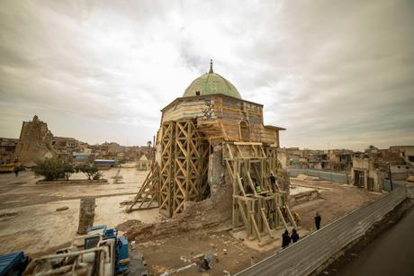 Noura Al Kaabi, Iraq Minister discuss Al-Nouri mosque reconstruction