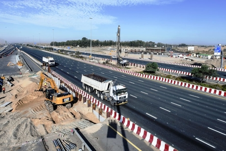 Progress on Khawaneej Roads Improvement Project reaches 37%