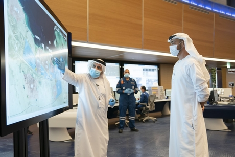 Sheikh Mohamed visits ADNOC's Ruwais refining, petchem sites