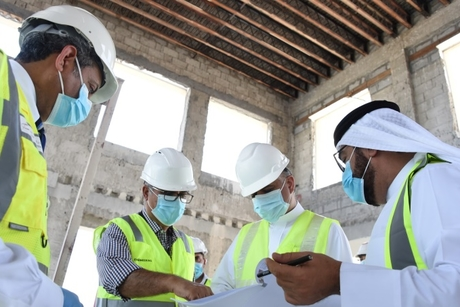 Bahrain Transport Minister reviews private aviation terminal project