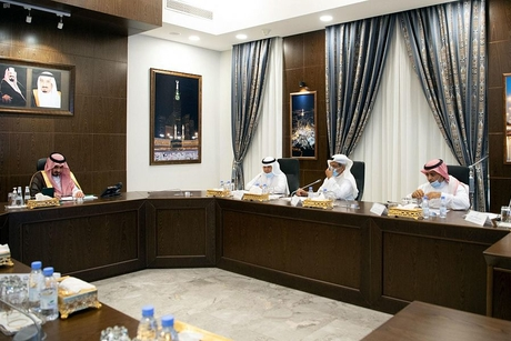 Makkah Deputy Governor discusses expansion works at Grand Mosque