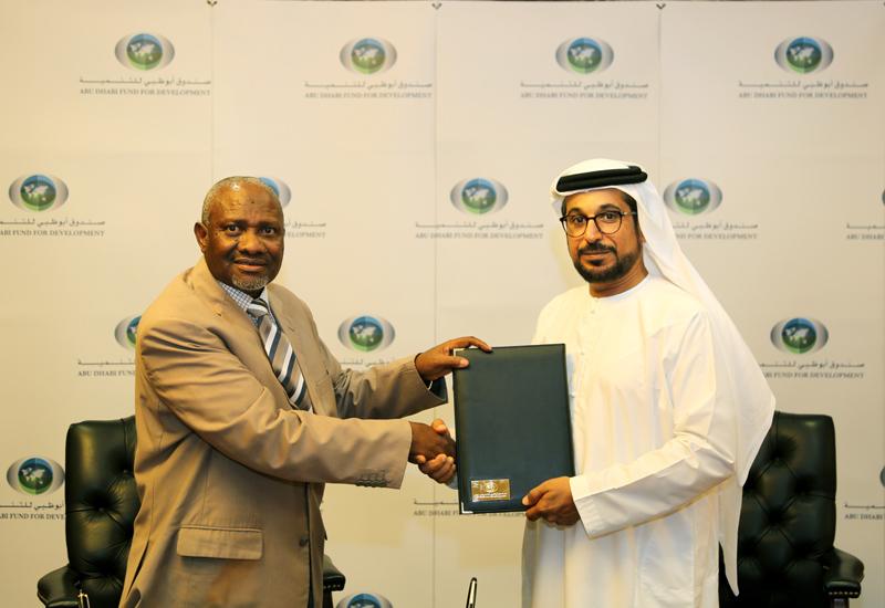 ADFD's Mohammed Saif Al Suwaidi (right).