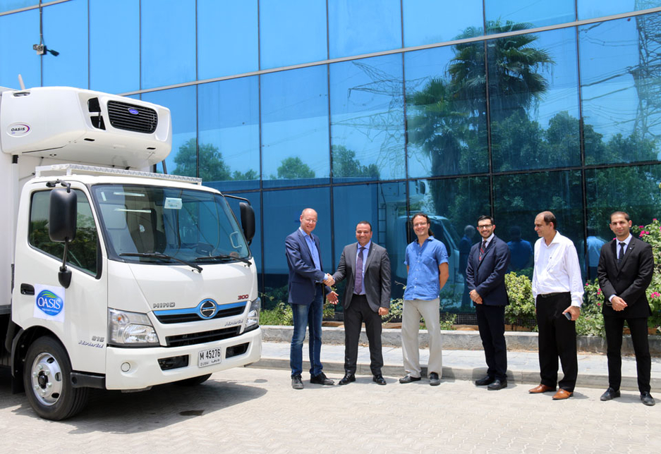 The handover at Oasis Water's Headquarters was attended by Ramez Hamdan, GM for Hino at Al-Futtaim Motors and George Antonios, MD at National Food Products Company (the parent company of Oasis Water), and was also attended by a delegation from Hino Japan.