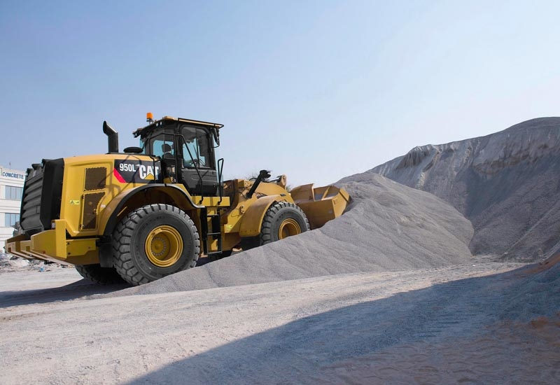 The Cat 950L wheel loaders has 22% more engine power than its H-Series predecessor.
