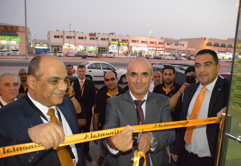 From left to right: Sohrab Abdul Rahman, GM of Gulf Tyre; José Luis de La Fuente, MD of Continental Middle East; and, Ahmed Mowafy, GM of Emirates Universal Tyres (EUT).