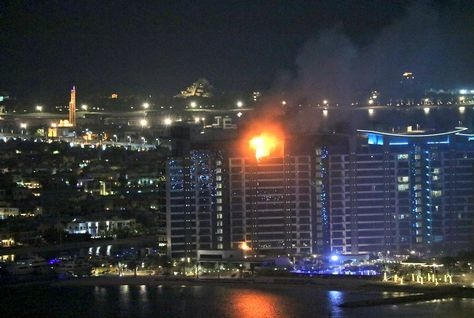 A fire broke out in a building at Palm Jumeirah. [Image: Twitter/AndreNiekerk]