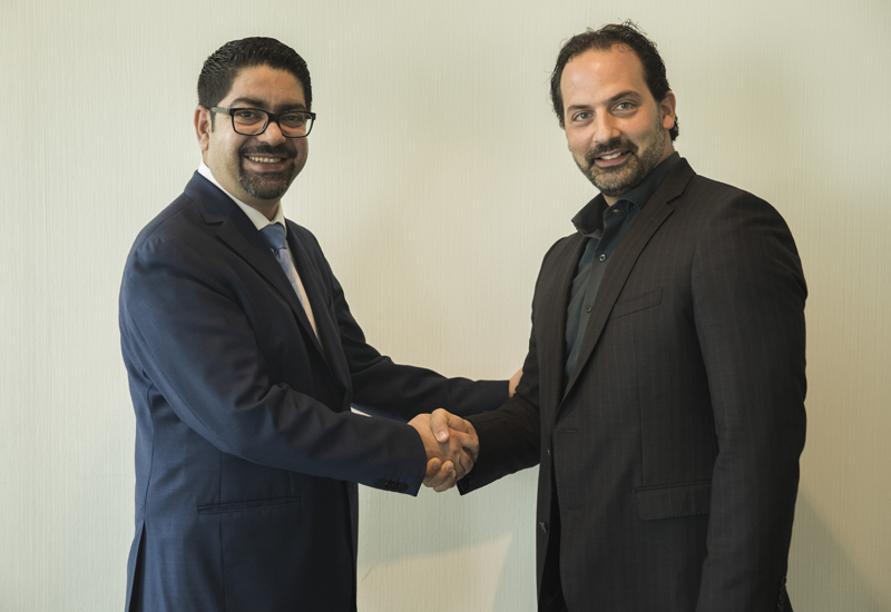 Damac's Mohammed Tahaineh (left) with ProTenders' Karim Helal (right).