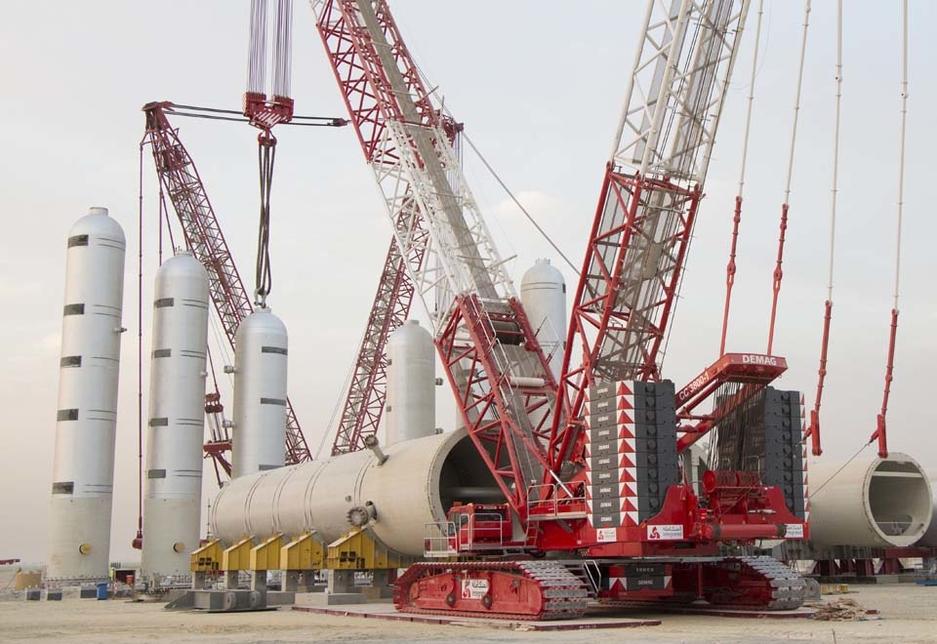 Kuwait's Integrated Logistics recently purchased a Demag CC 3800 lattice boom crawler crane.