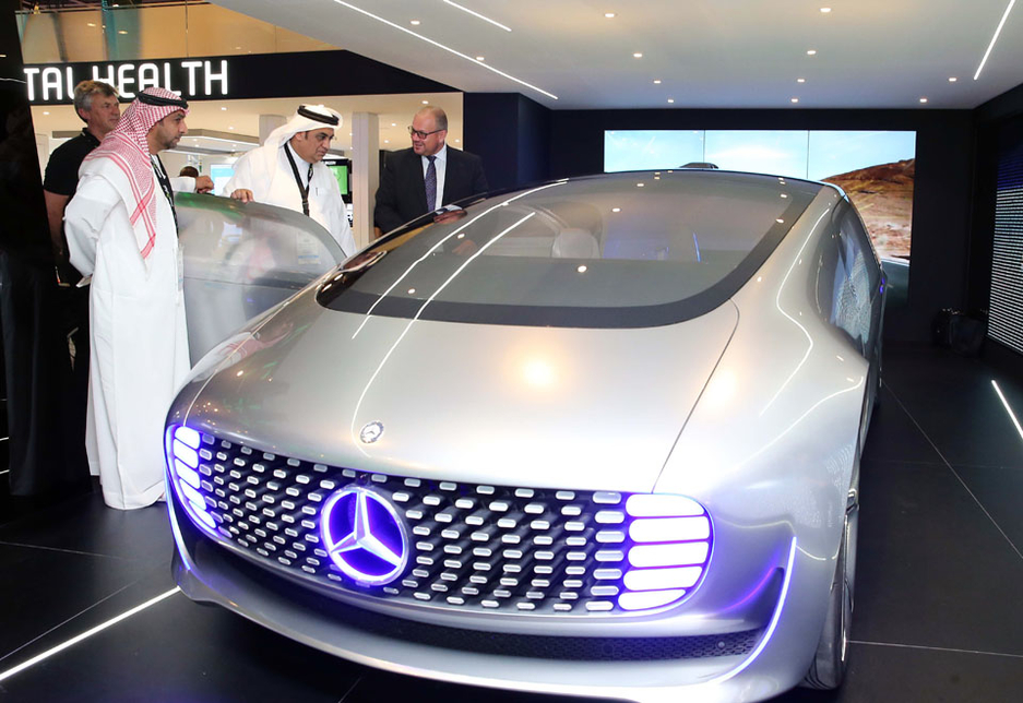 Daimlers autonomous driving research vehicle, the Mercedes-Benz F 015, at the Etisalat stand.