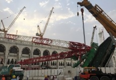 The crane accident at the Makkah Grand Mosque killed 107 people.