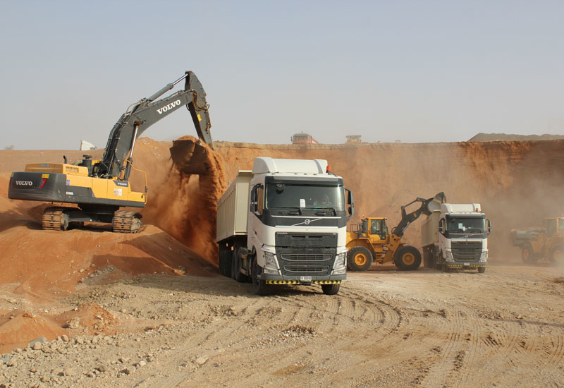 National Gulf Constructions credits its Volvo CE fleet, including five L150 and L180 wheel loaders, with the completion of the time-sensitive project.