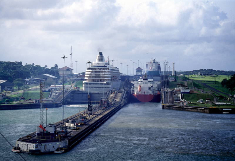 Thyssenkrupp supplied 14 waterproof elevators for installation at the expansion of the Panama Canal.