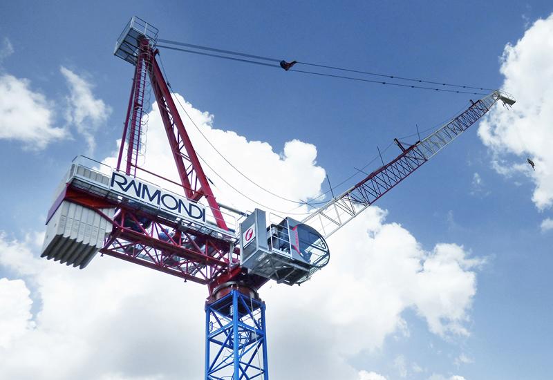 Raimondi's LR213 luffing crane boasts a 55m jib length and a maximum lifting capacity of 14 tonnes.