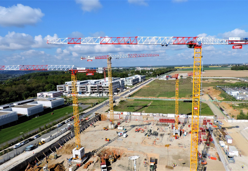 The tower cranes were installed by GP Mat, Raimondi's exclusive agent in France.