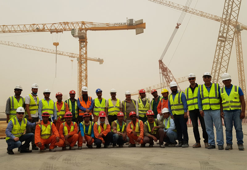 A campaign was health to promote construction tower crane safety among the contracting teams of Riyadh Metro [image: pmvmiddleeast.com].
