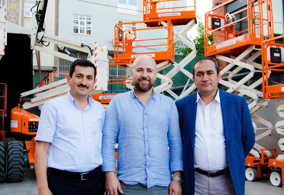 L-R: Necip Ayhan, GM at Ayhanlar Platform; Mehmet Karakaya, GM at Uzman Lift; and Sadik Ayhan, GM at Ayhanlar Plarform.