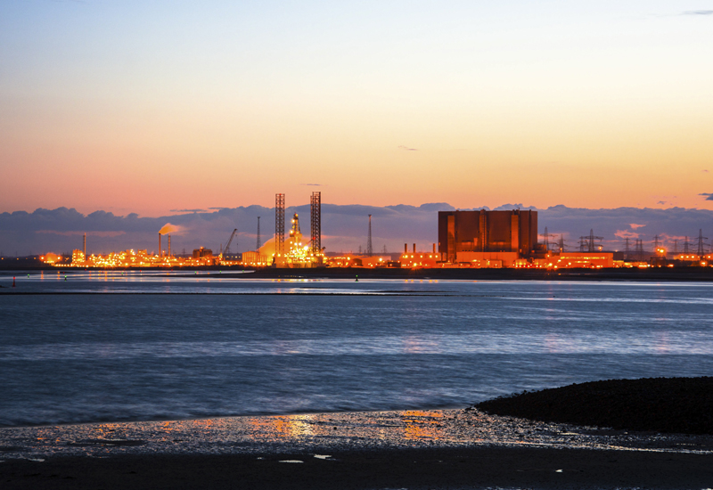 Mammoet has been enlisted to provide heavy-lift and transportation services for Oman's largest under-development petrochemical plant.