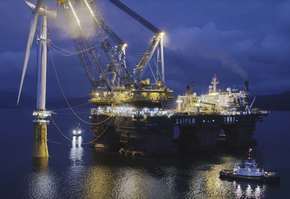 The installation of the wind turbines involved the lifting of the completed turbine towers, at a weight of 12,000 tonnes each, by one of the world's largest heavy lift vessels.