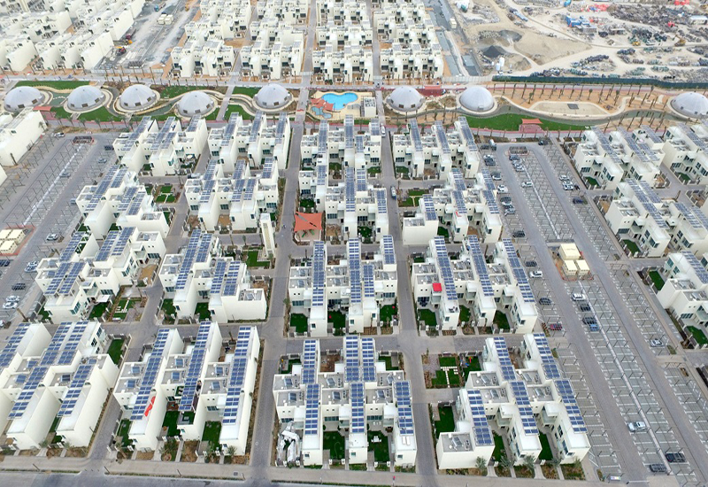 The Sustainable City integrates different sustainable solutions.