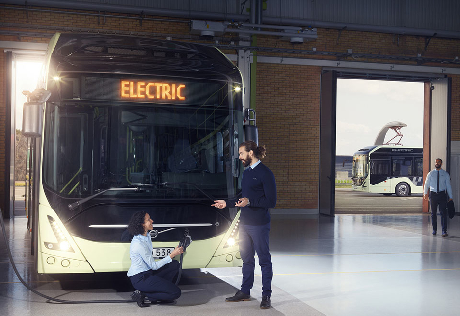 The Volvo 7900 Electric can be charged directly from the main grid via a standard CCS cable.