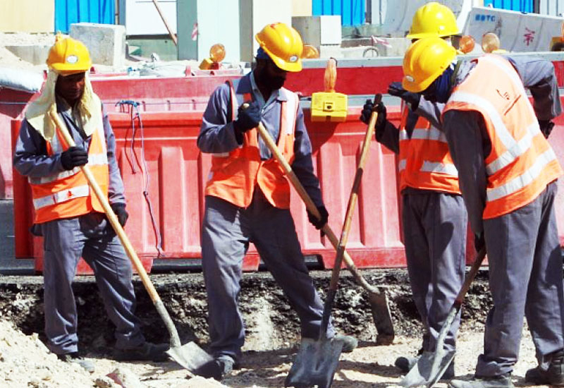 Workers on Qatar's FIFA 2022 World Cup sites have come under the spotlight with the innovative invention of a 'cooling' hat.