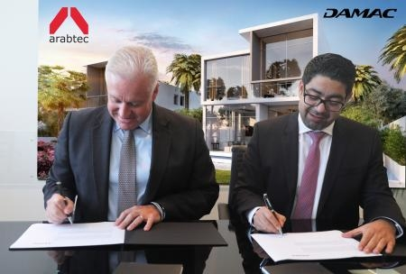 Hamish Tyrwhitt, Group CEO, Arabtec and Mohammed Tahaineh, senior vice president, Commercial, Damac, at the deal signing ceremony.