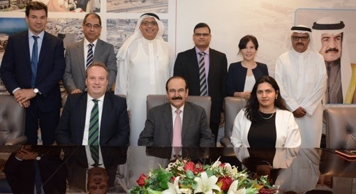 Dr Floris Hendrikus Schulze, Dr. Abdul-Hussain Ali Mirza and Jehan Al Murbati, executive director, SEU, Bahrain (all seated) pose for a group picture.