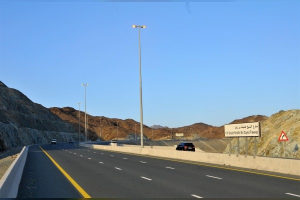 The UAE Ministry of Infrastructure Development has started construction works on a road project in Ras Al Khaimah [image: WAM].