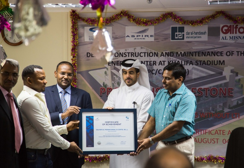 Certifications of recognition were handed to contractors, consultants and a number of workers by Engineer Sultan Al-Madeed, project manager – Aspire Zone Foundation, and Engineer Mohemed Ahmed, Khalifa International Stadium and Al Bayt Stadium – Al Khor City project manager at SC.