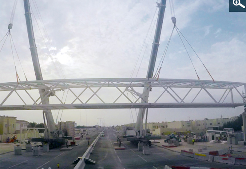 Installation of the Steel Structure of the Pedestrian Bridge on E-Ring Road.