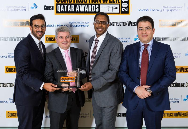 The WSP | Parsons Brinckerhoff team with their award.